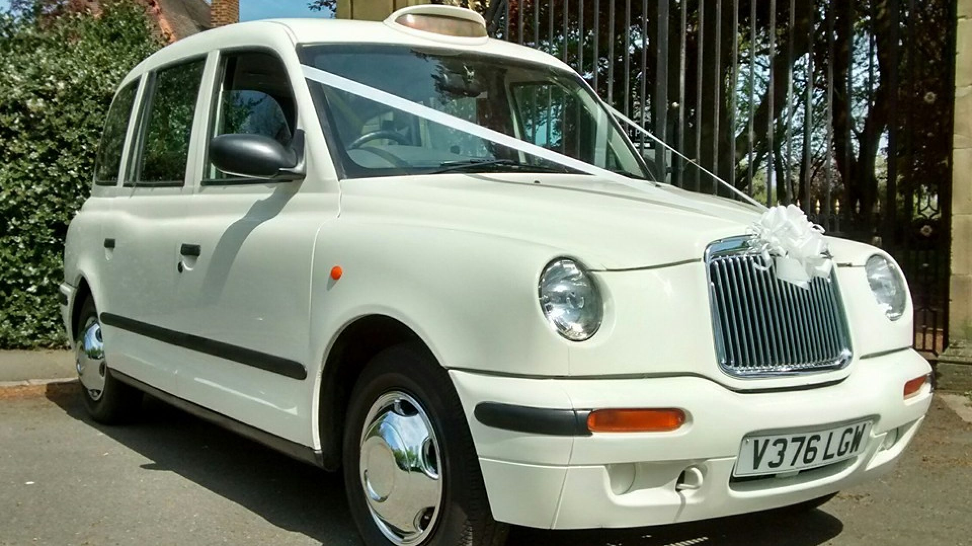 White Taxi Weddings